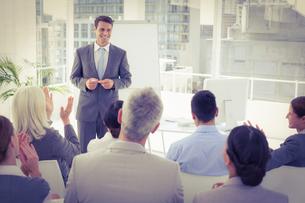 Businessman doing speech during meetingの素材 [FYI00007636]