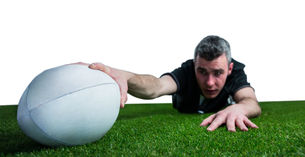 A rugby player scoring a tryの素材 [FYI00008681]