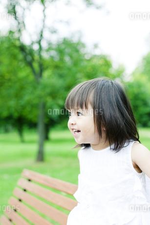 笑顔の可愛いハーフの少女の素材 [FYI00143189]