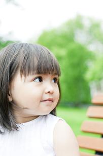 笑顔の可愛いハーフの少女の素材 [FYI00143204]