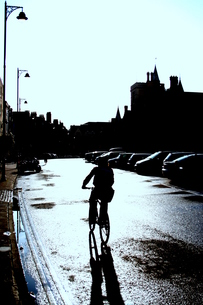 雨上がりのサイクリングの素材 [FYI00180839]