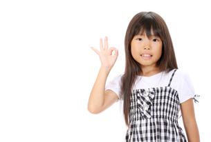 OKサインの女の子の素材 [FYI00267926]