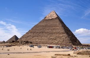ギザのピラミッドの素材 [FYI00413461]