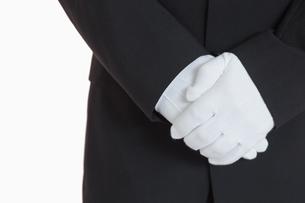 Man with white glovesの素材 [FYI00486559]