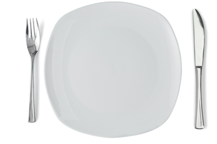 White plate with silver knife and forkの素材 [FYI00487879]