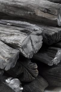 和歌山県産の備長炭の写真素材 [FYI00571937]
