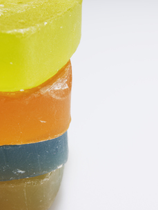 Close-Up of Colorful Soap Barsの素材 [FYI00907376]