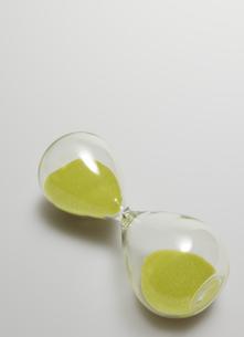 Single Hourglass Sidewaysの素材 [FYI00907466]