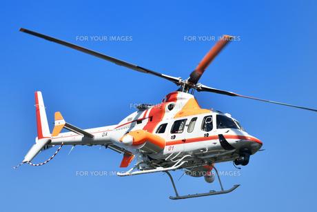報道ヘリコプターの写真素材 [FYI01216928]